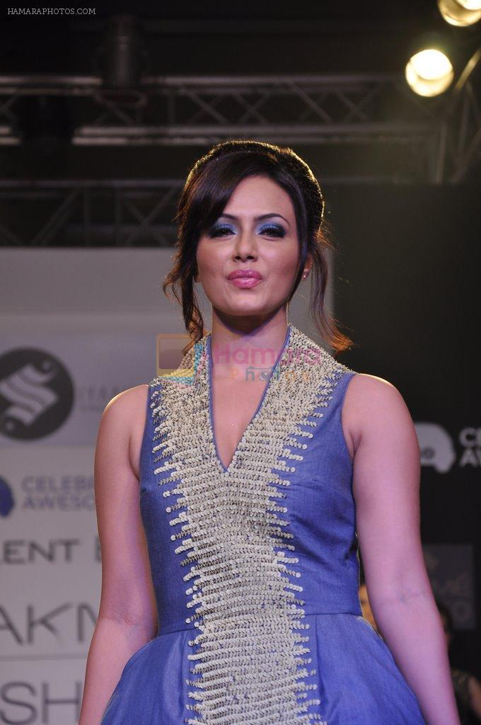 Sana Khan walk the ramp for Talent Box Jayaswal show at LFW 2013 Day 4 in Grand Haytt, Mumbai on 26th Aug 2013