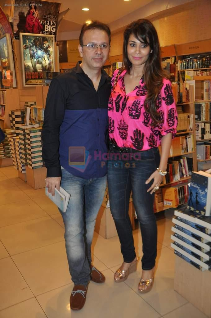 Shaheen Abbas at Meghna Pant's book launch in Crossword, Mumbai on 3rd Oct 2013