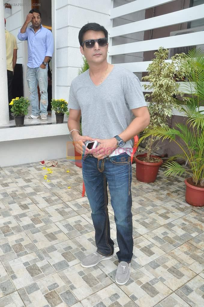 Jimmy Shergill at a real estate project launch in Khapoli, Mumbai on 6th Oct 2013