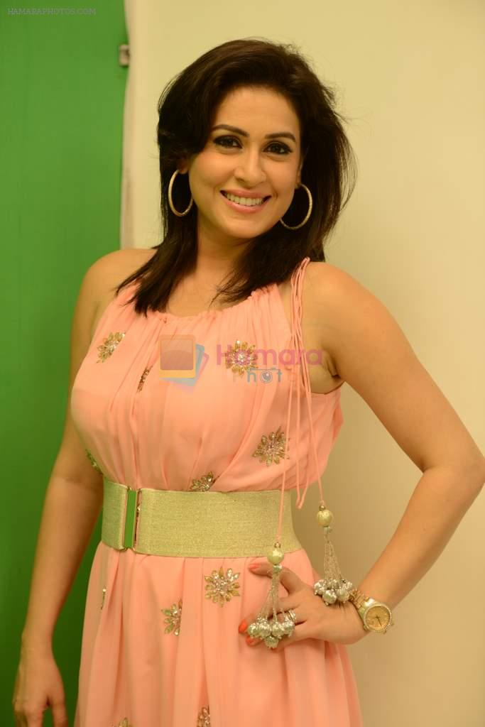 Amrita Raichand at Baat Bann Gayi film promotions in Mumbai on 7th Oct 2013