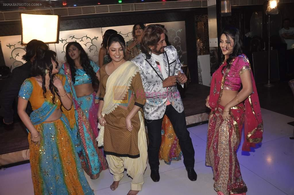 Shakti Kapoor on the sets of Mumbai can_t dance saala in Santacruz, Mumbai on 7th Oct 2013