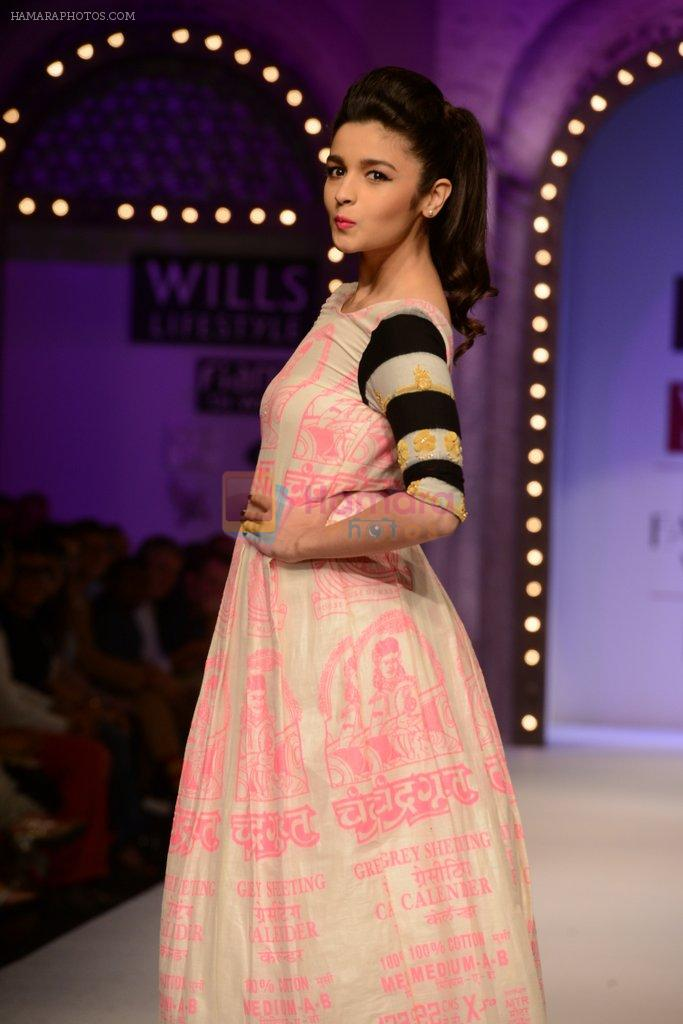 Alia Bhatt walk the ramp for Masaba Gupta's show at the Day 1 on WIFW 2014 on 9th Oct 2013