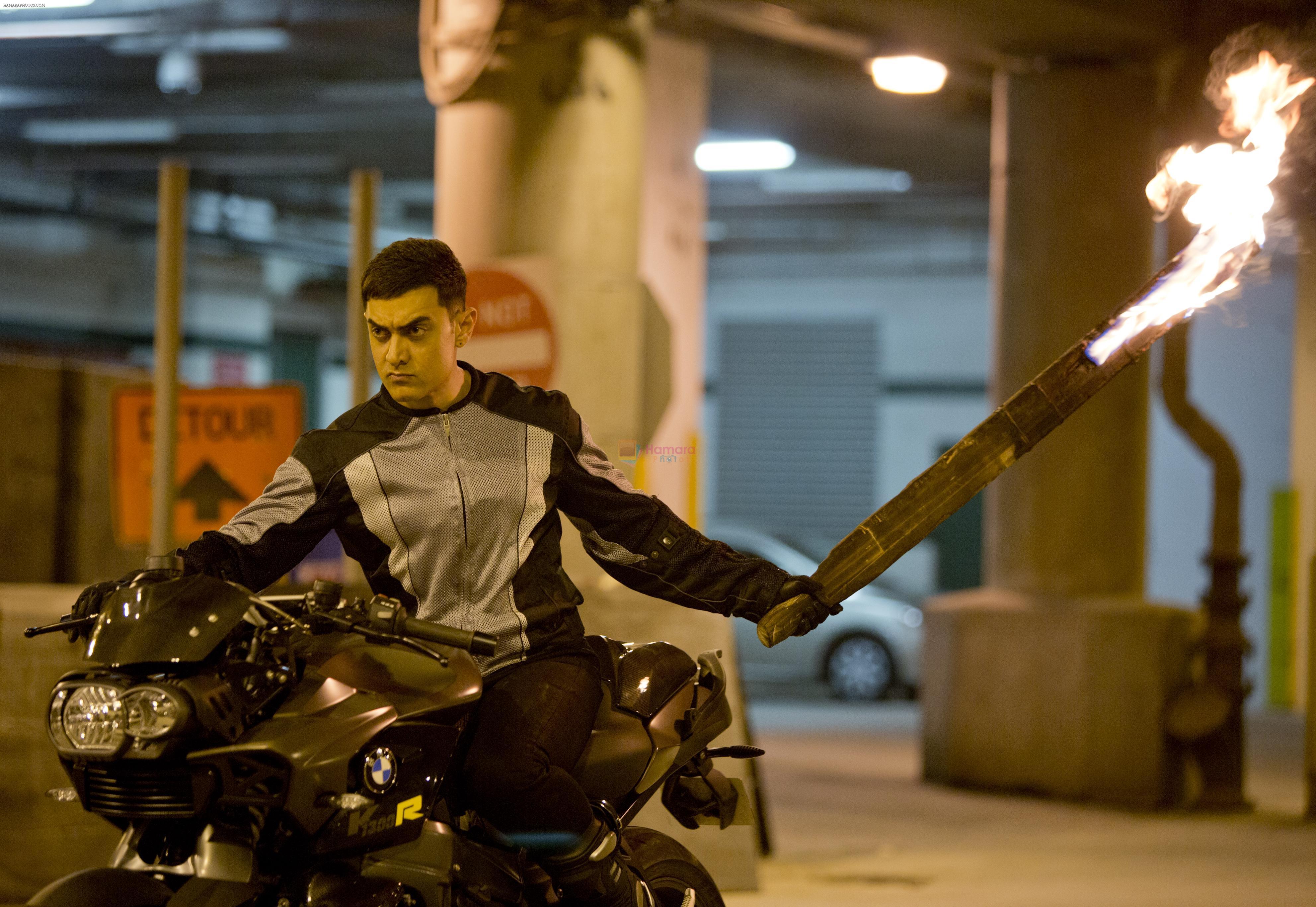 Aamir Khan Riding Stylish Bmw Bike For Dhoom3 Dhoom3 Bollywood Photos