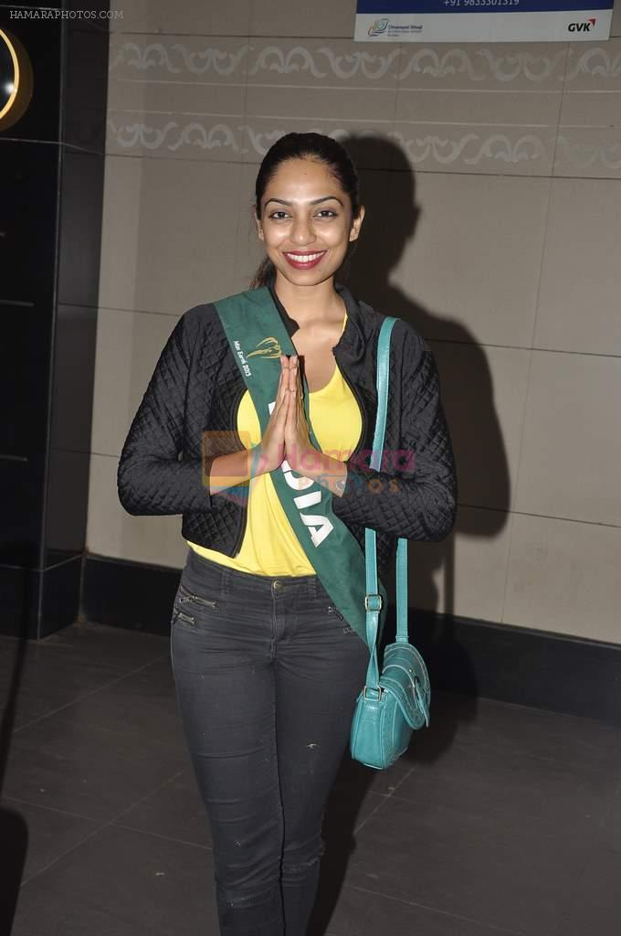 Shobhita Dhulipala Miss Earth arrives from Philippines in Mumbai Airport on 9th Dec 2013