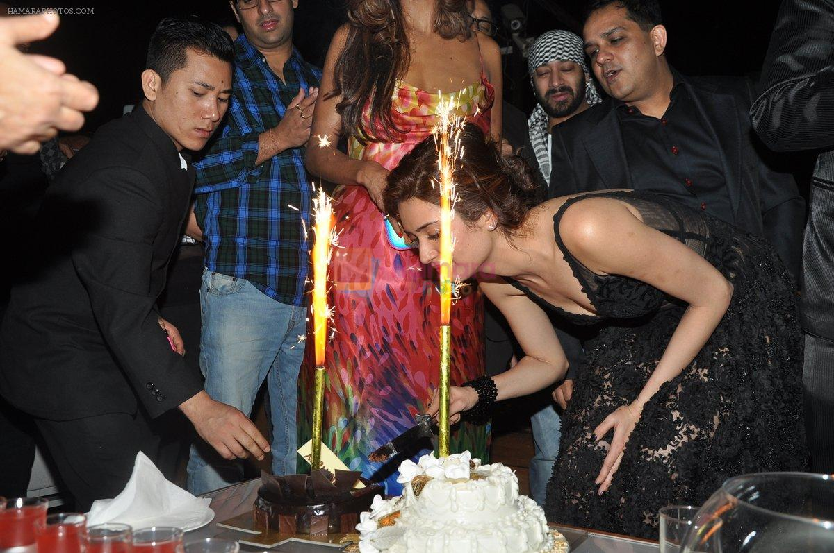 Karishma Tanna's Birthday Bash in Escobar, Mumbai on 22nd Dec 2013