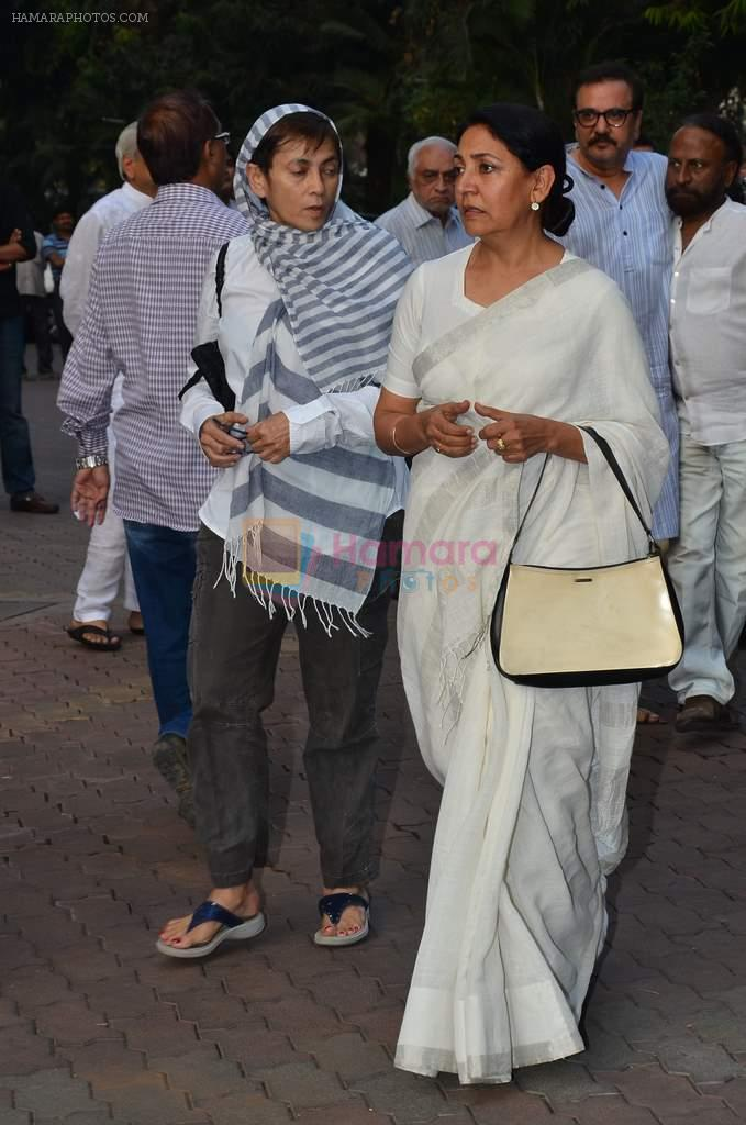 Deepti Naval at Farooq Shaikh's prayer meet in Mumbai on 30th Dec 2013