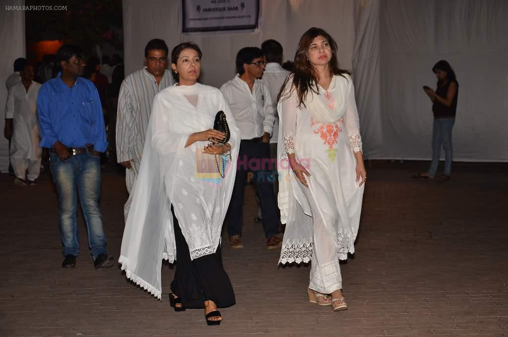 Alka Yagnik at Farooq Shaikh's prayer meet in Mumbai on 30th Dec 2013