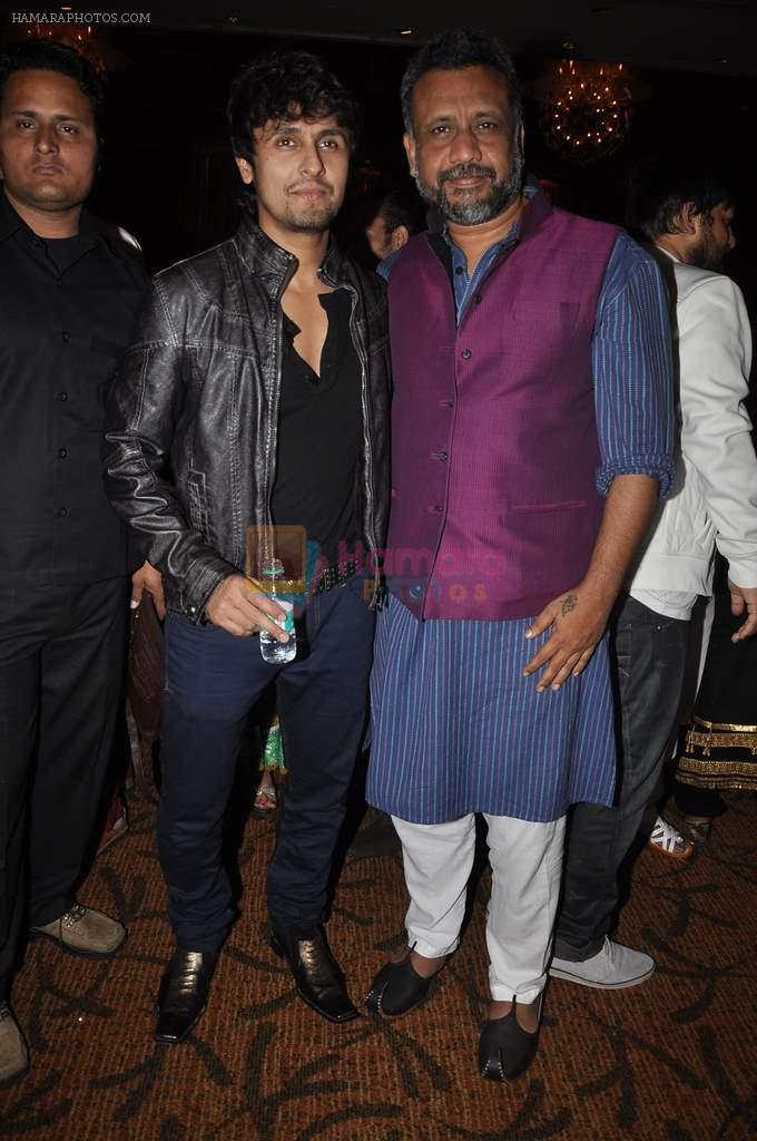 Sonu Nigam at singer Toshi Sabri's wedding reception in Novotel, Mumbai on 13th Jan 2014