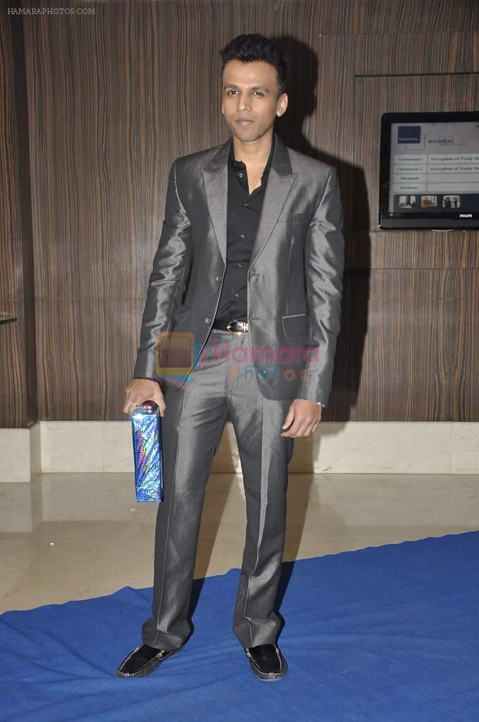 Abhijeet Sawant at singer Toshi Sabri's wedding reception in Novotel, Mumbai on 13th Jan 2014