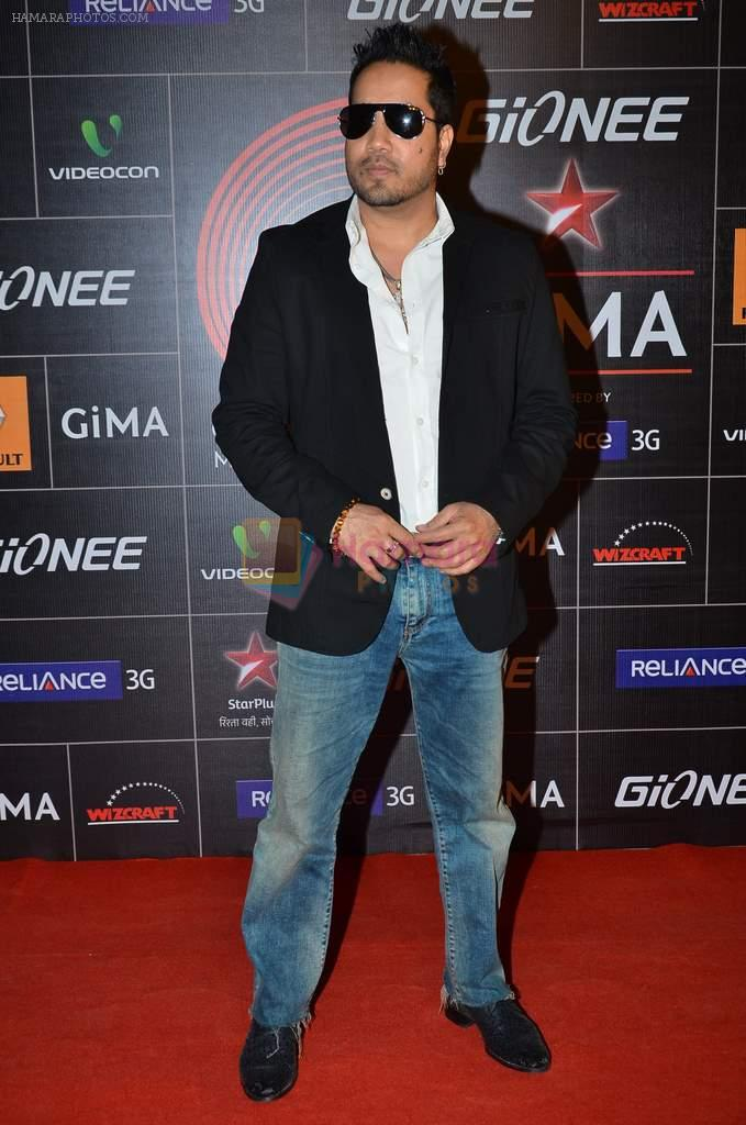 Mika Singh at 4th Gionne Star Global Indian Music Academy Awards in NSCI, Mumbai on 20th Jan 2014