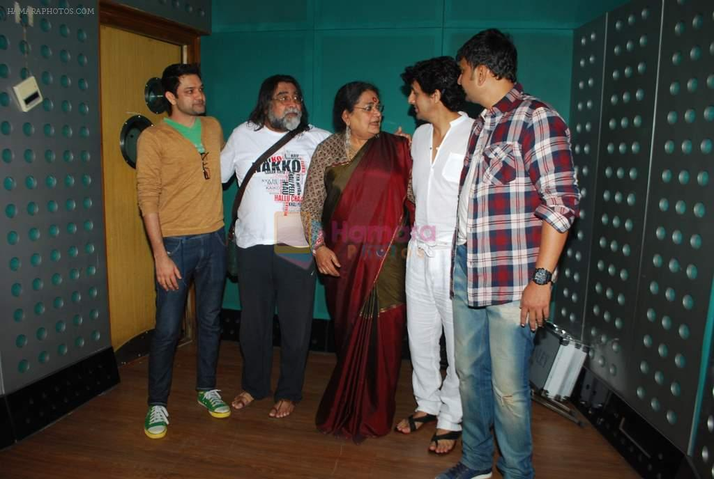 Sonu Nigam, Usha Uthup at Gaurang Doshi's song recording in Mumbai on 24th Jan 2014