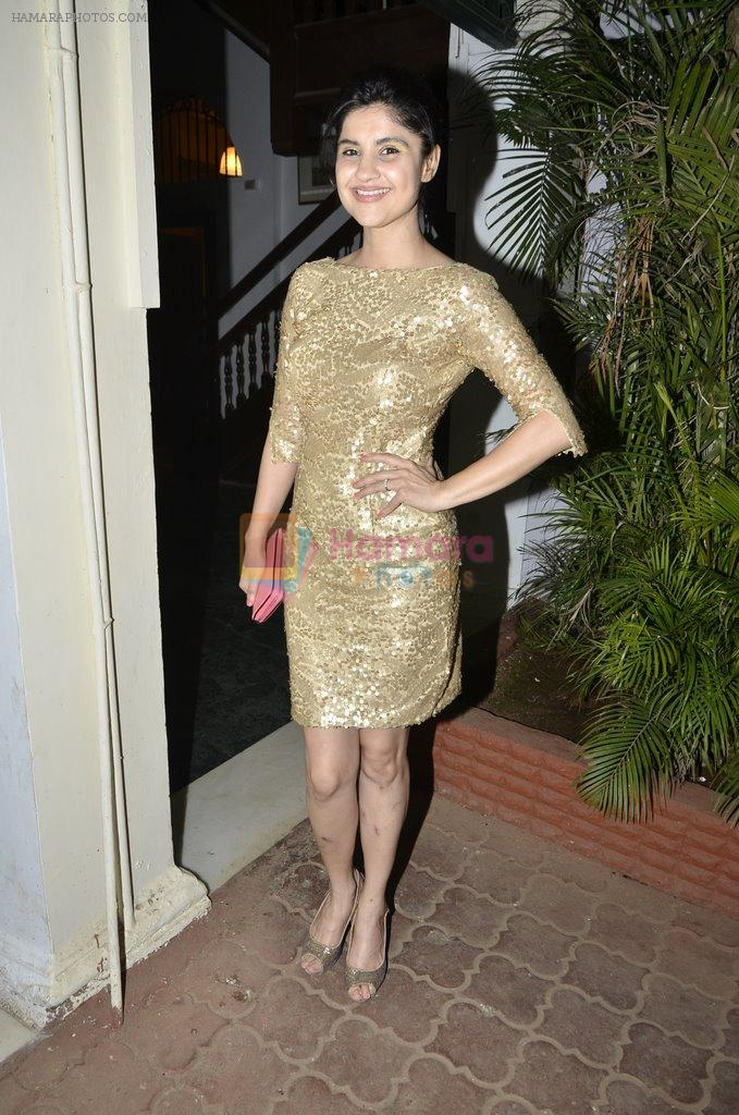 RJ Archana at Signature Derby draw and Reena Shah fashion show in RWITC, Mumbai on 30th Jan 2014