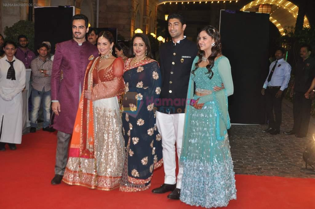 Vaibhav Arora, Ahana Deol, Hema Malini, Esha Deol, Bharat Takhtani at Ahana Deol's Wedding Ceremony in ITC Maratha, Mumbai on 1st Feb 2014