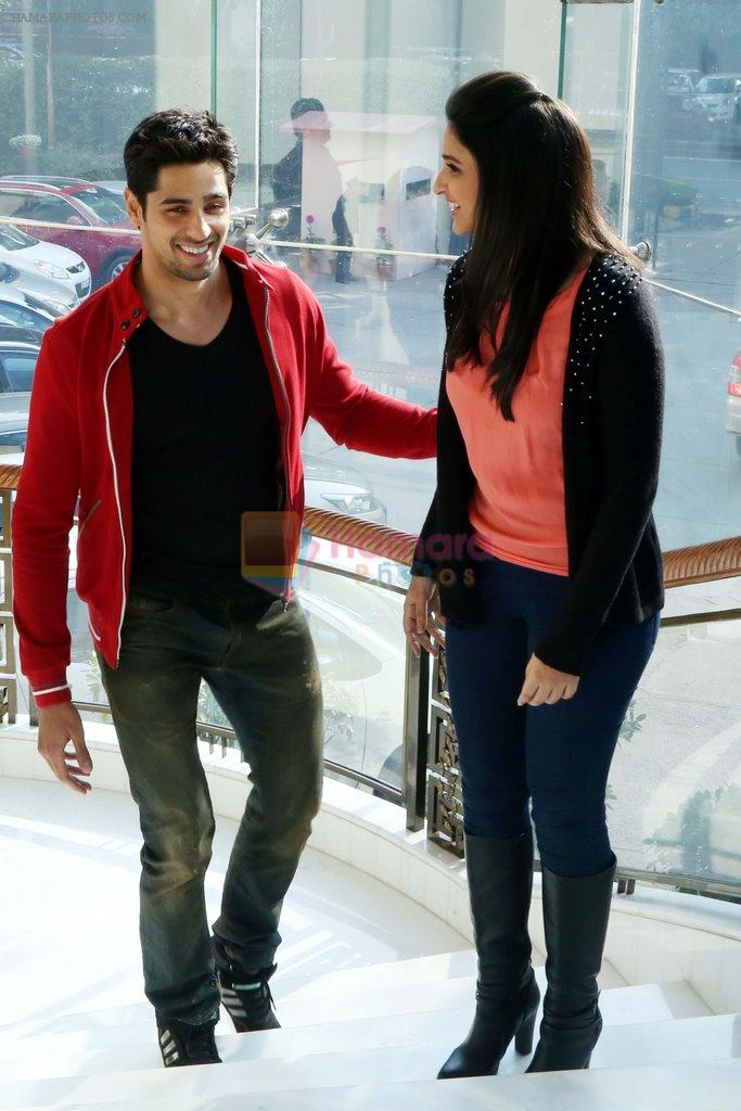 Parineeti Chopra, Sidharth Malhotra at Hasee Toh Phasee promotions in Delhi on 3rd Feb 2014