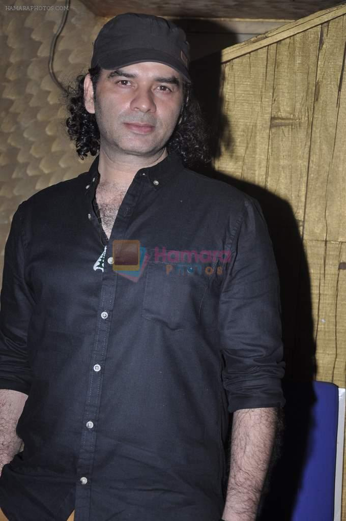 Mohit Chauhan at Bohra Bros party in Sheesha, Mumbai on 13th Feb 2014