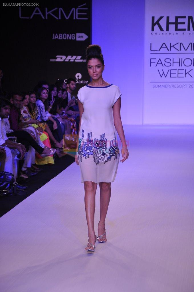 Model walk for KHEM Show at LFW 2014 Day 2 in Grand Hyatt, Mumbai on 13th March 2014