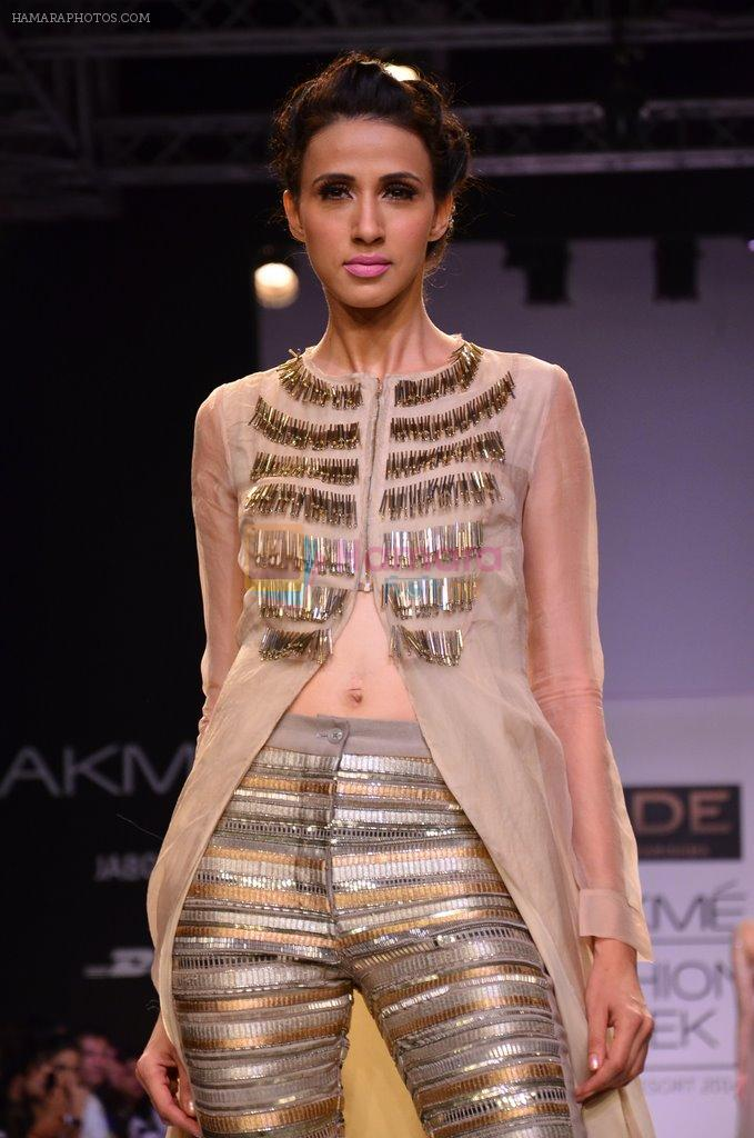 Model walk for Jade Show at LFW 2014 Day 2 in Grand Hyatt, Mumbai on 13th March 2014