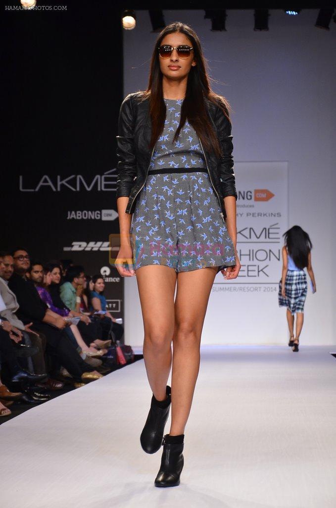 Model walk for Dorothy Perkins Show at LFW 2014 Day 2 in Grand Hyatt, Mumbai on 13th March 2014