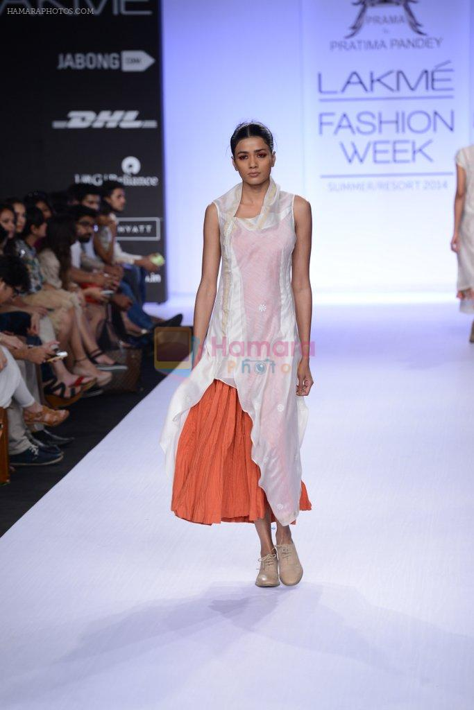 Model walk for Pratima Pandey Show at LFW 2014 Day 3 in Grand Hyatt, Mumbai on 14th March 2014