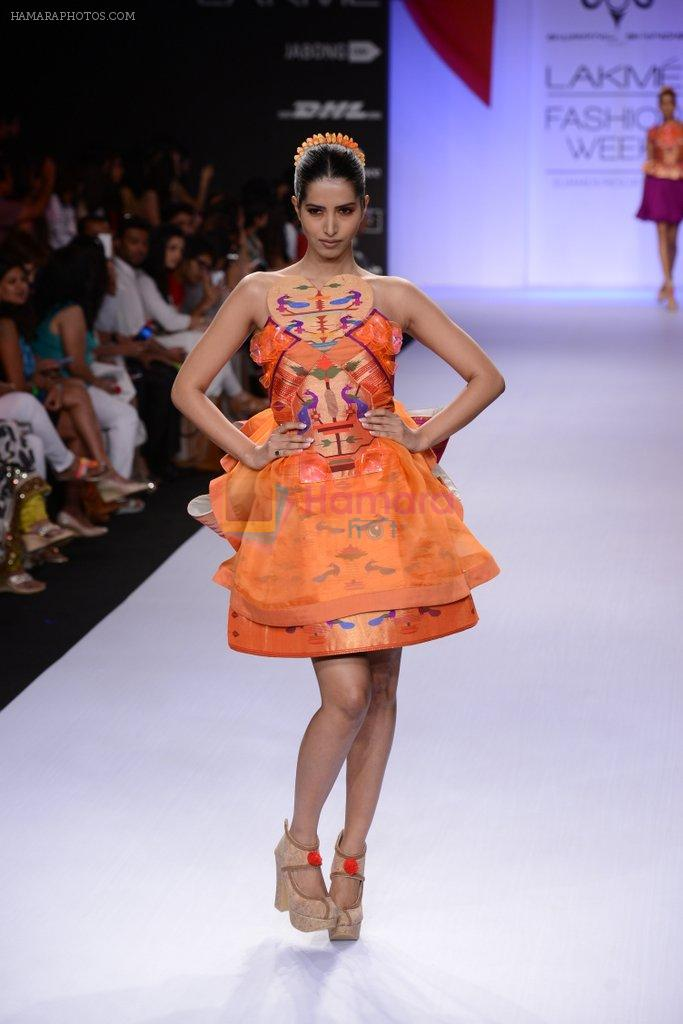 Model walk for Swapnil Shinde Show at LFW 2014 Day 3 in Grand Hyatt, Mumbai on 14th March 2014