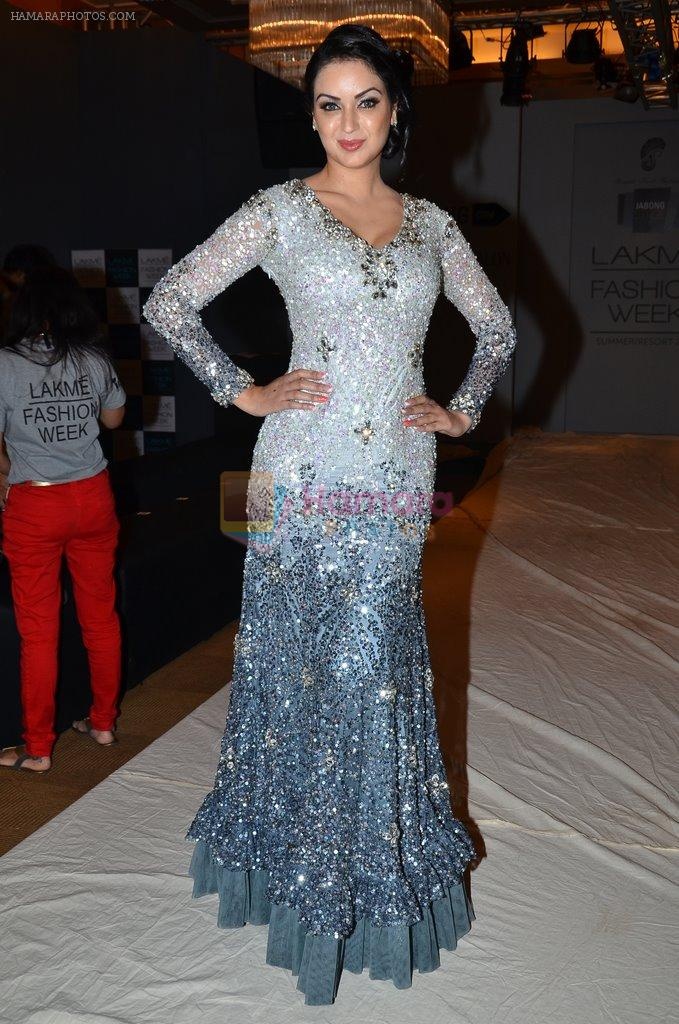 Maryam Zakaria on Day 2 at LFW 2014 in Grand Hyatt, Mumbai on 13th March 2014