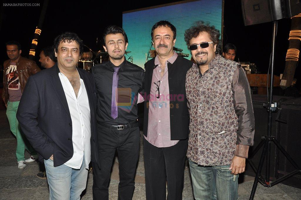 Girish Mallik, Sonu Niigaam, Bickram Ghosh, Rajkumar Hirani at the Music launch of film Jal in Mumbai on 19th March 2014
