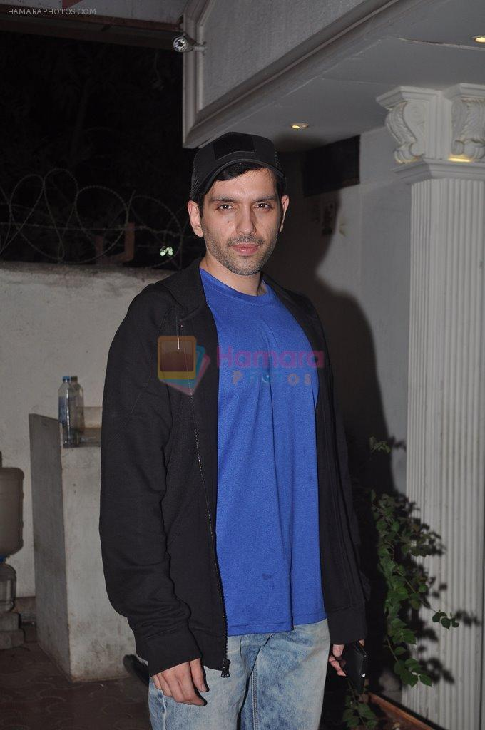 Luv Sinha at Shahid Kapoor's bash for dad Pankaj Kapur in Villa 69, Mumbai on 28th May 2014