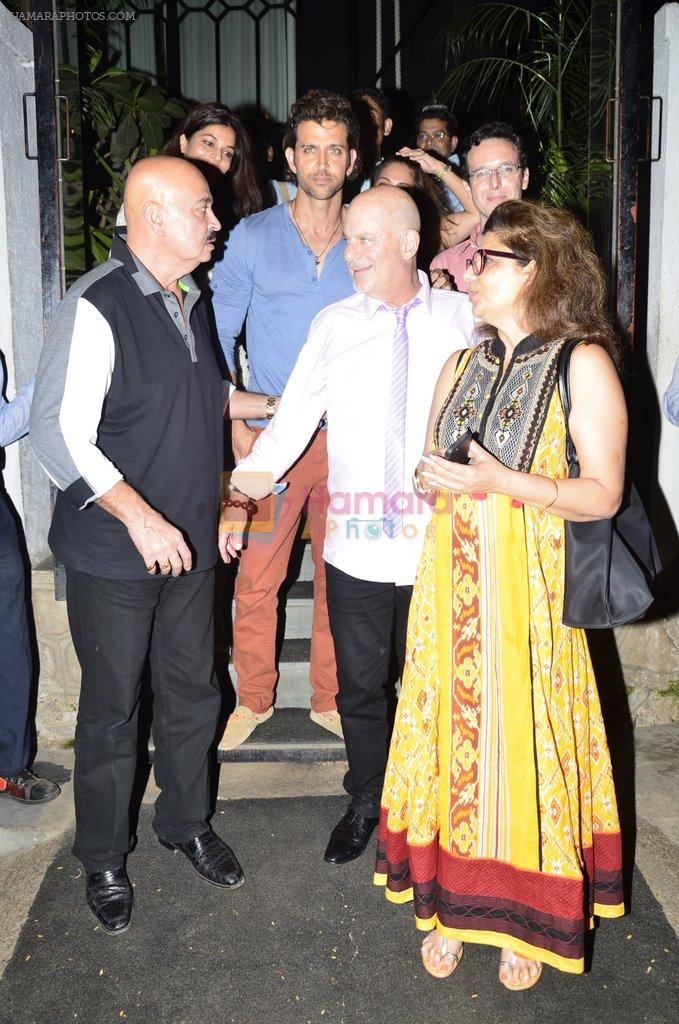 Hrithik Roshan snapped with his family in NIDO on 3rd June 2014