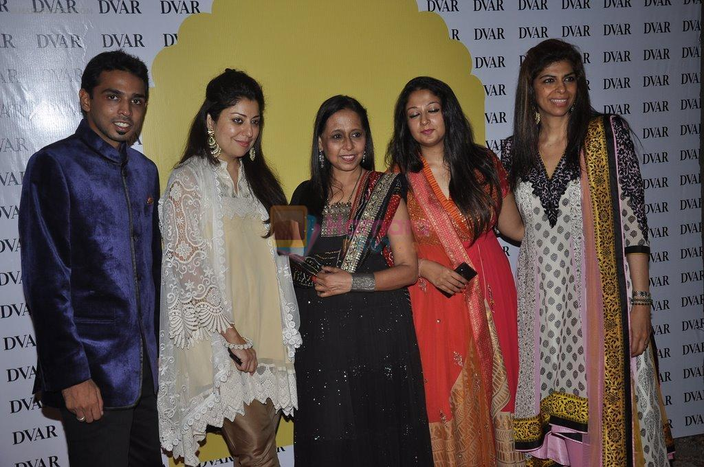 Zeba Kohli at Anju Modi's preview at DVAR in Mumbai on 4th June 2014