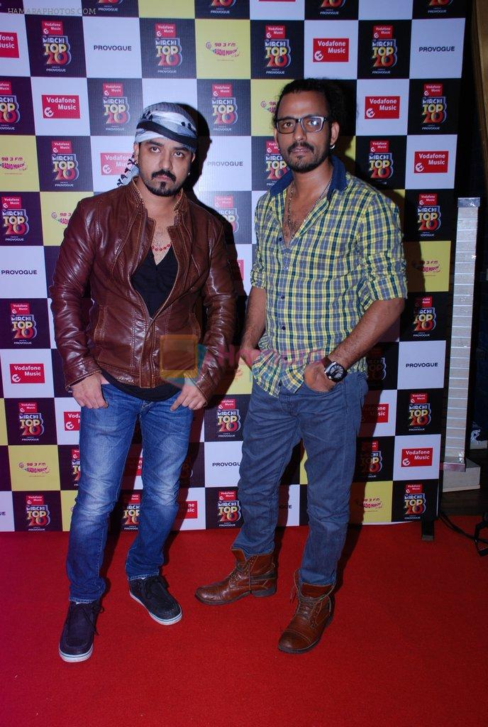 Toshi Sabri, Sharib Sabri at Mirchi Top 20 Awards in Hard Rock Cafe, Mumbai on 1st Aug 2014