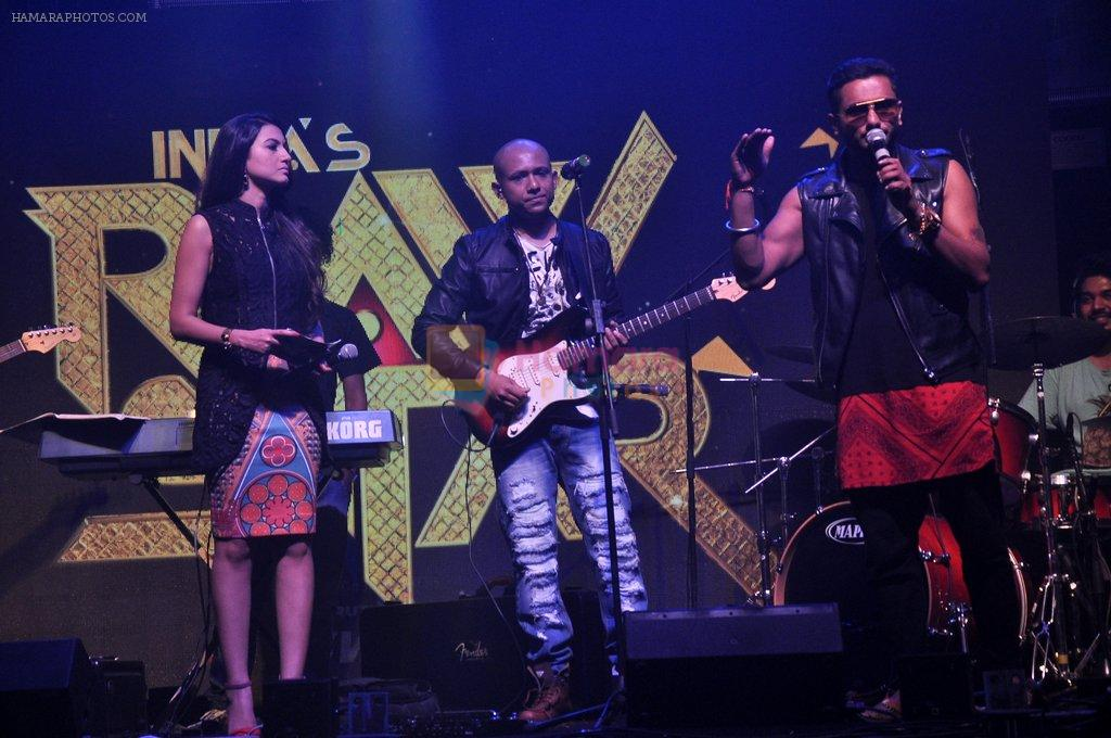 Gauhar Khan, Yo Yo Honey Singh at Star Plus Raw launch in Hard Rock Cafe on 13th Aug 2014