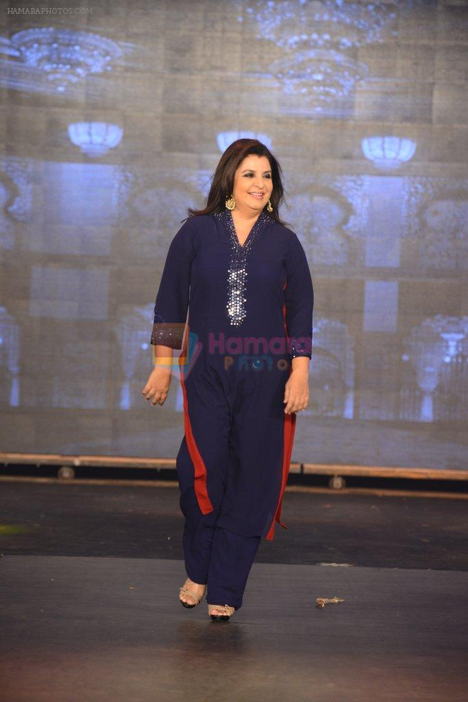 Farah Khan walks for Manish Malhotra Show in Mumbai on 14th Aug 2014