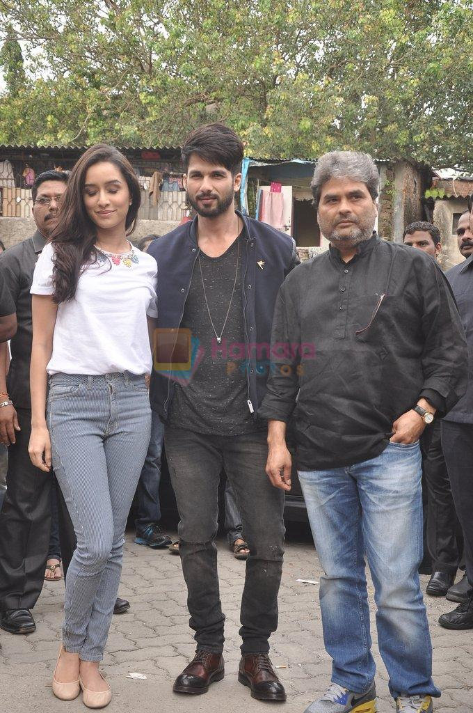 Shraddha Kapoor, Shahid Kapoor, Vishal Bharadwaj at Haider promotions at Umang College festival  in Parle, Mumbai on 15th Aug 2014