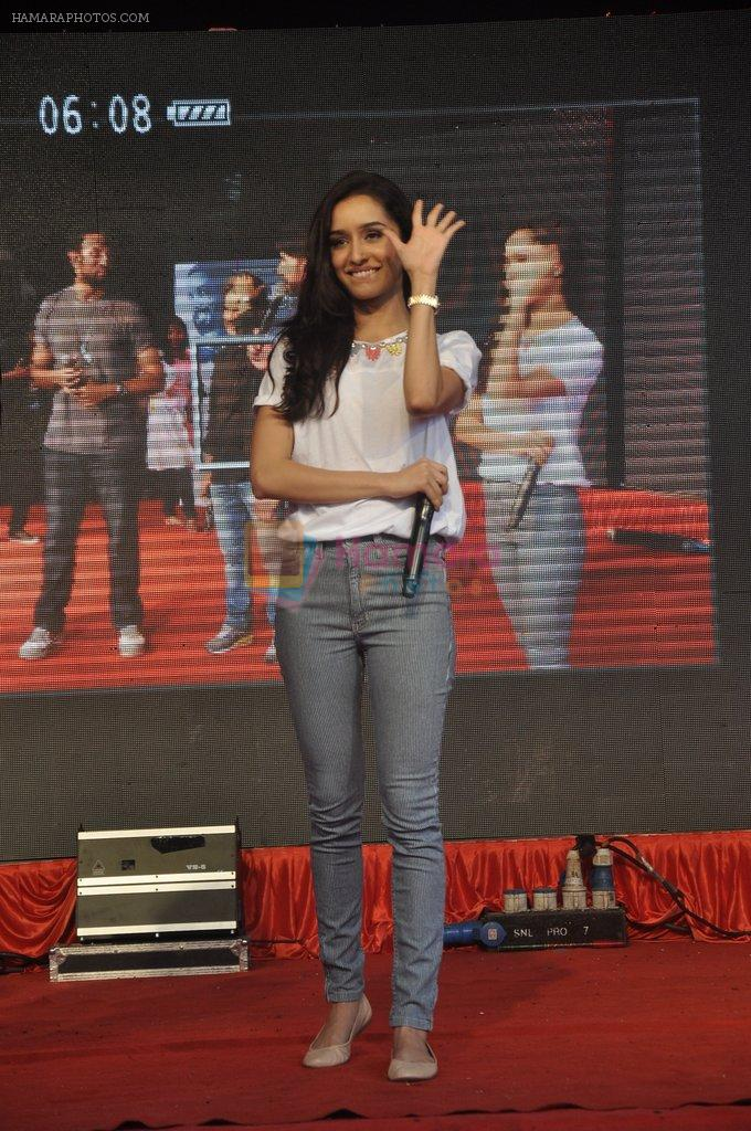 Shraddha Kapoor at Haider promotions at Umang College festival  in Parle, Mumbai on 15th Aug 2014