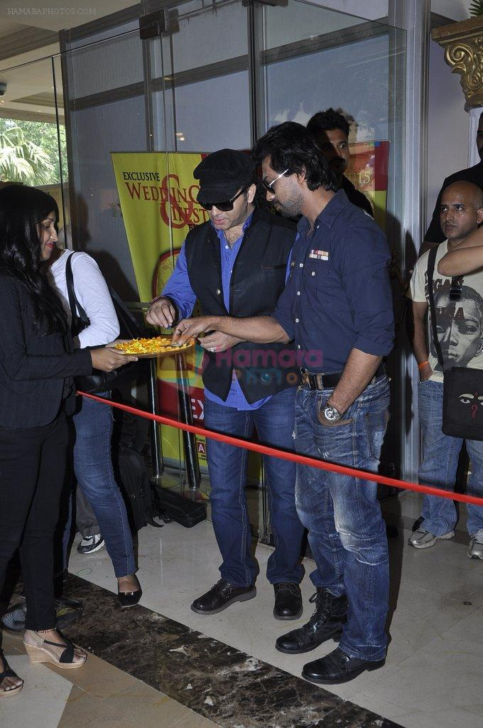 Nikhil Dwivedi at Times Glitter launch by Mohit Chauhan in J W Marriott on 27th Sept 2014