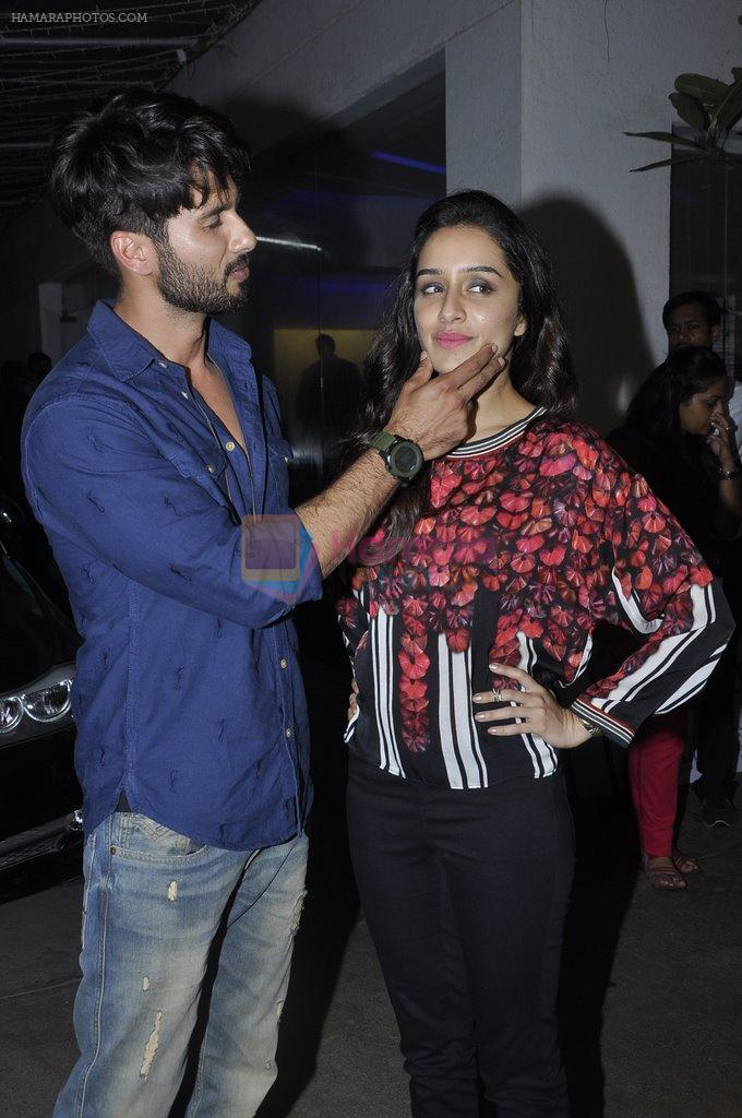 Shraddha Kapoor, Shahid Kapur at Haider screening in Sunny Super Sound on 29th Sept 2014