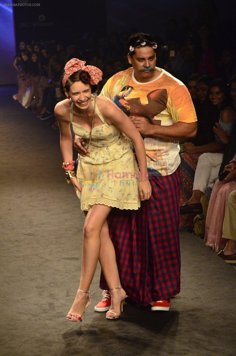 Kalki Koechlin, Cyrus Broacha walk for Kalki show at Myntra fashion week day 2 on 4th Oct 2014