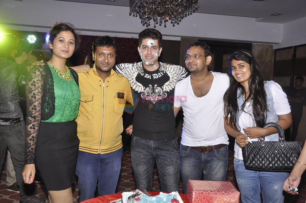 Vije Bhatia's bash in Malad on 4th Oct 2014