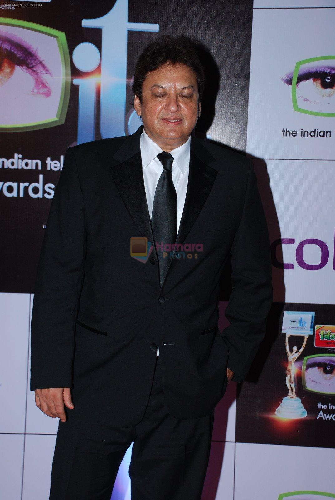 Sashi Ranjan at ITA Awards red carpet in Mumbai on 1st Nov 2014
