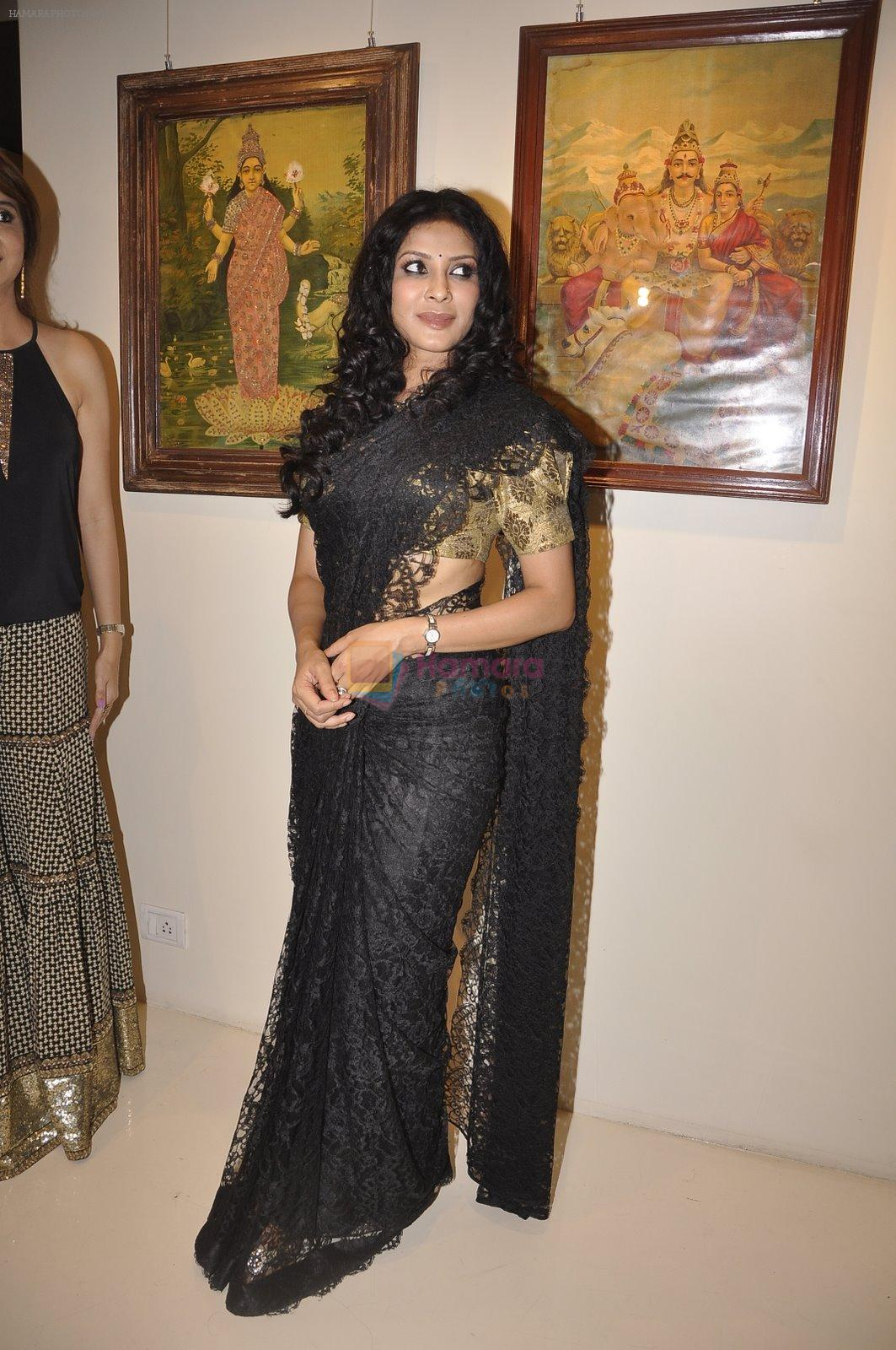 Nandana Sen at the Inauguration of Raja Ravi Verma Collection of Life and Work in marine Lines, Mumbai on 5th Nov 2014