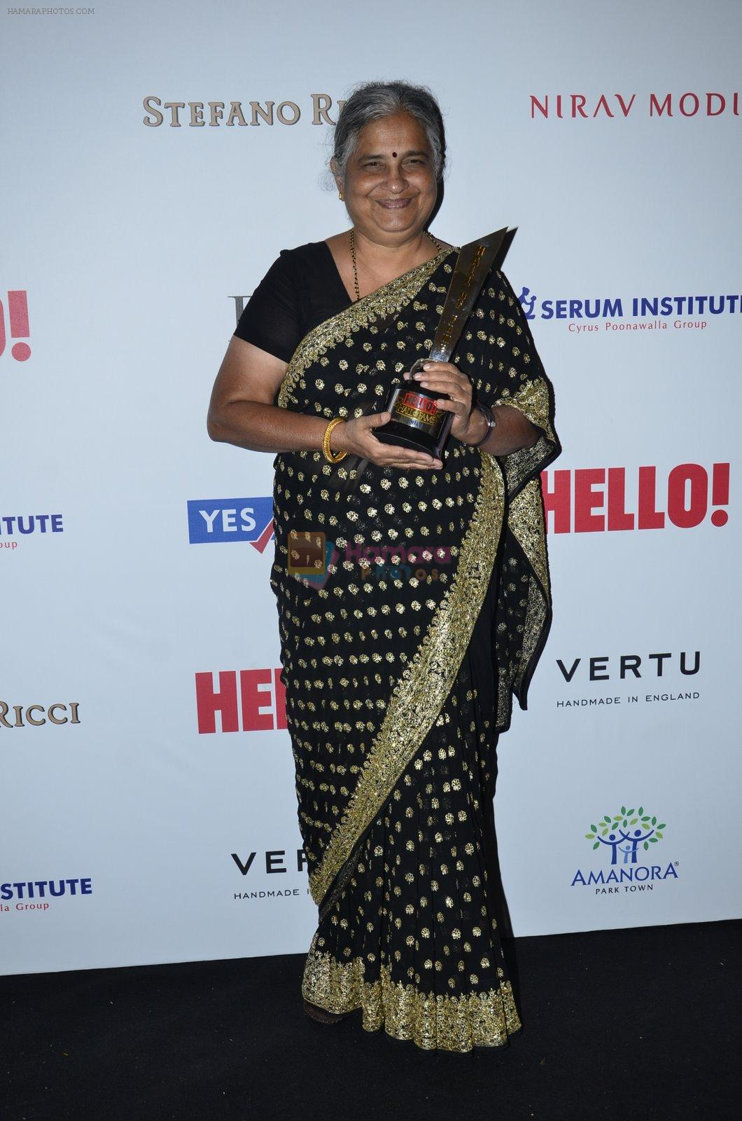at Hello Hall of fame red carpet 2014 in Mumbai on 9th Nov 2014