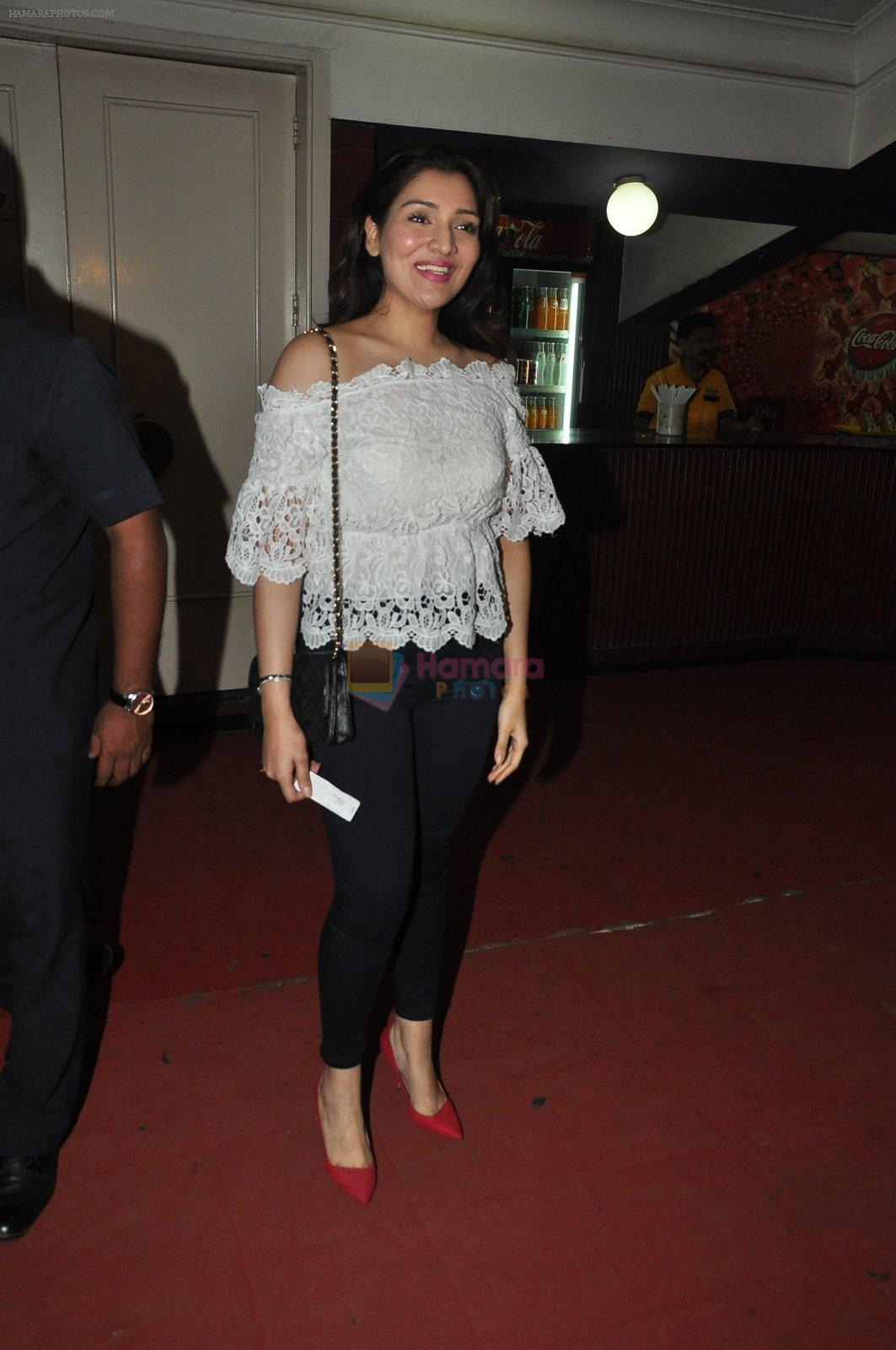Narmada Ahuja at the Special screening of Kill Dil in Chandan on 14th Nov 2014