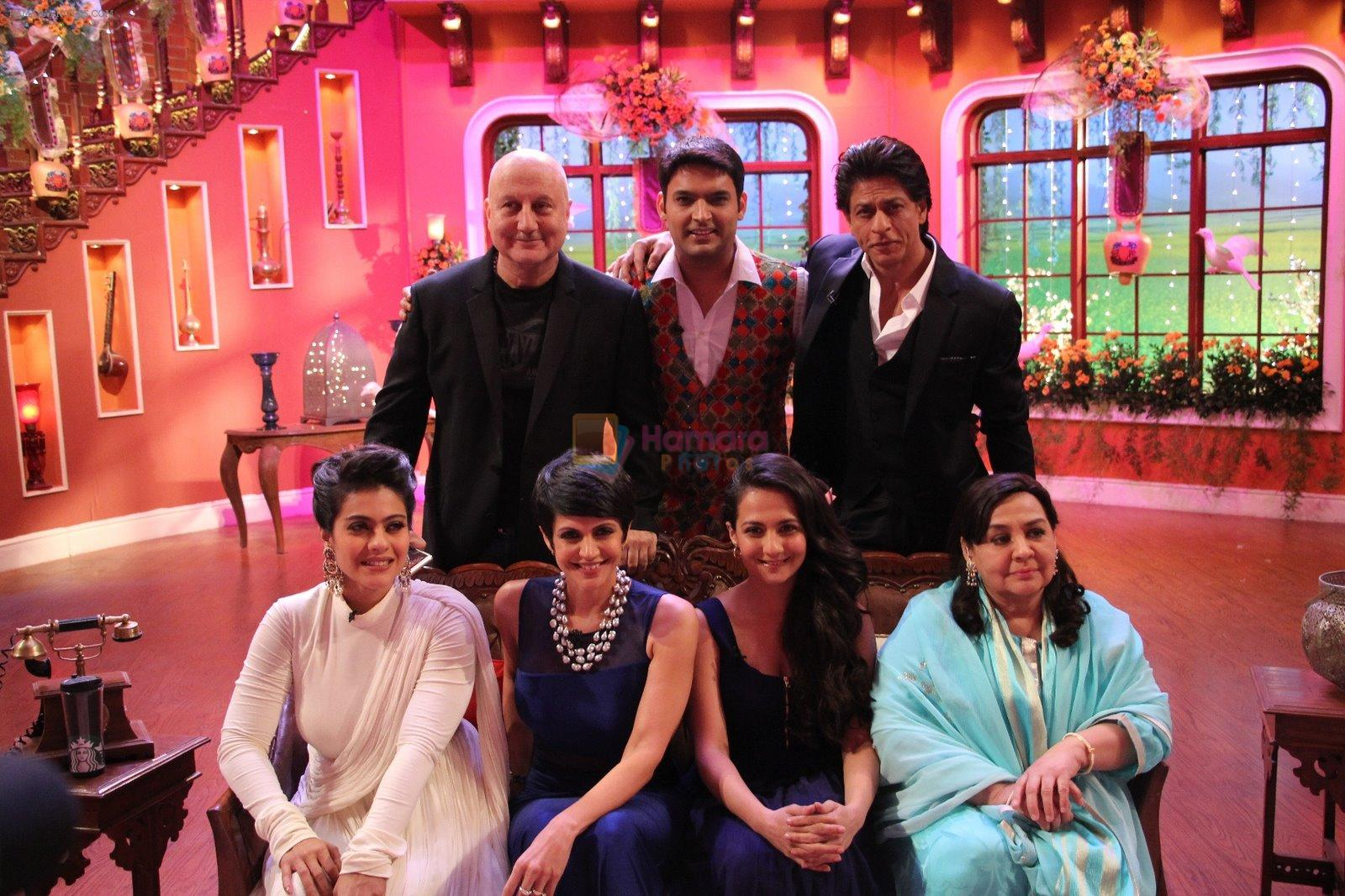 DDLJ cast celebrates 1000th week on the sets of Comedy Nights With Kapil
