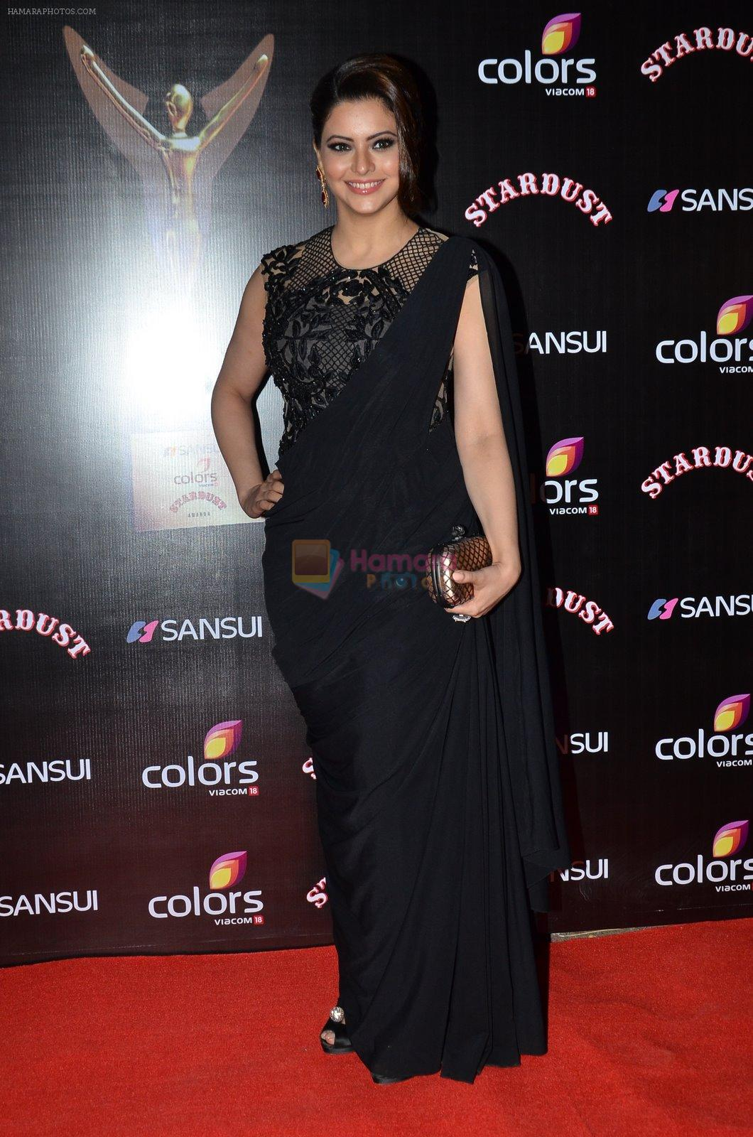 Aamna Sharif at Sansui Stardust Awards red carpet in Mumbai on 14th Dec 2014