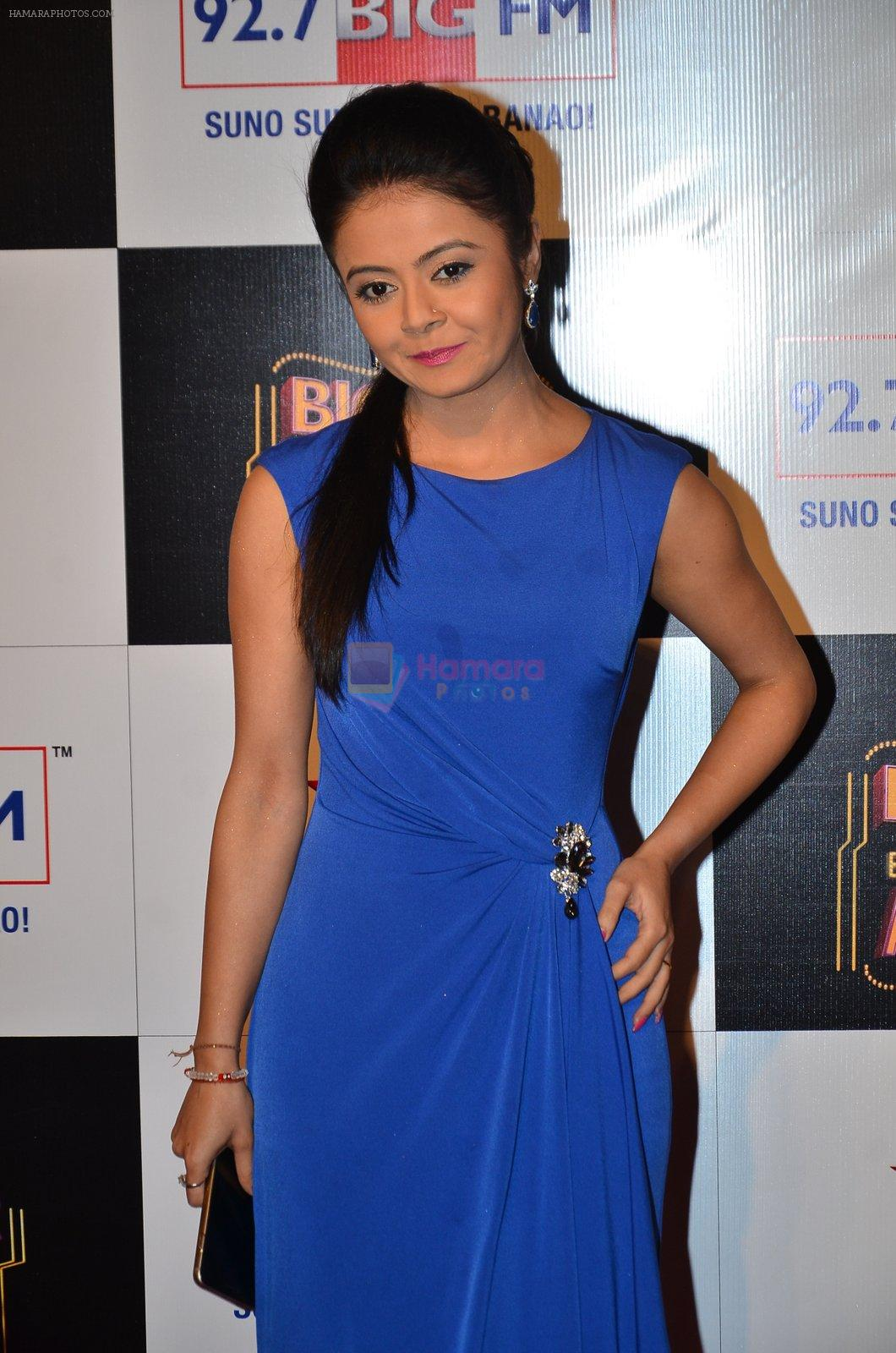 at Big Star Entertainment Awards Red Carpet in Mumbai on 18th Dec 2014