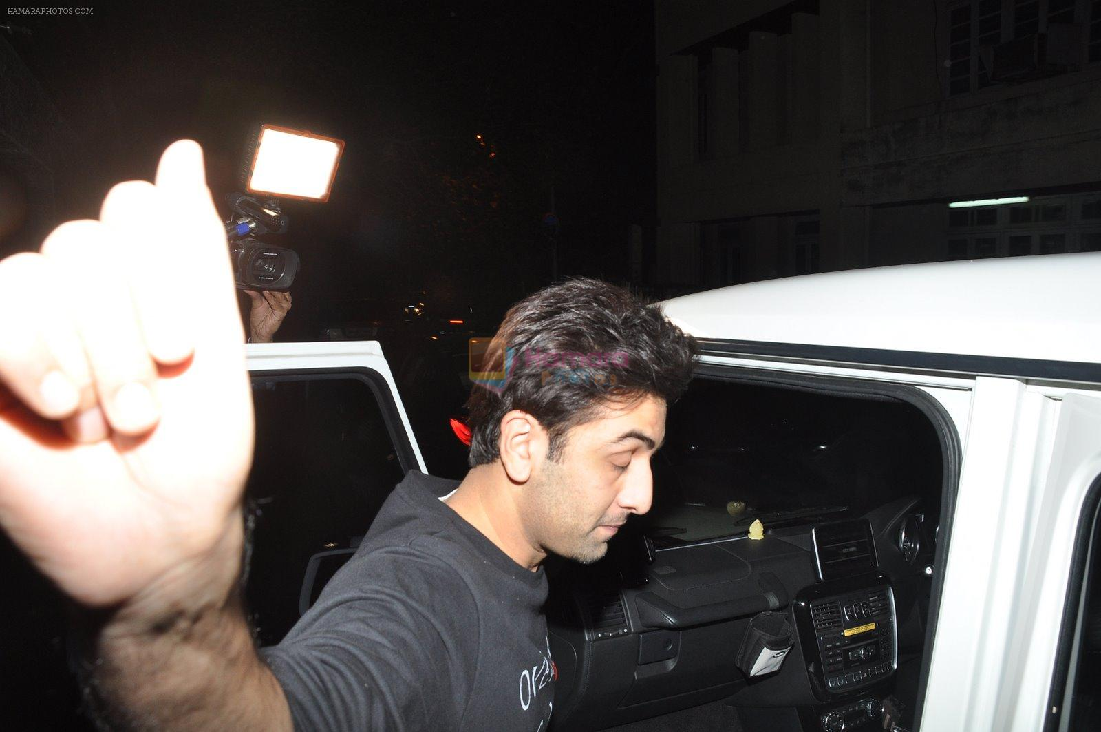 Ranbir Kapoor snapped at Aamir's house on 22nd Dec 2014