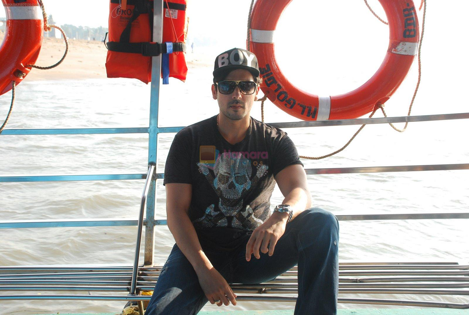Zayed Khan at Esselworld Anniversary in Mumbai on 24th Dec 2014
