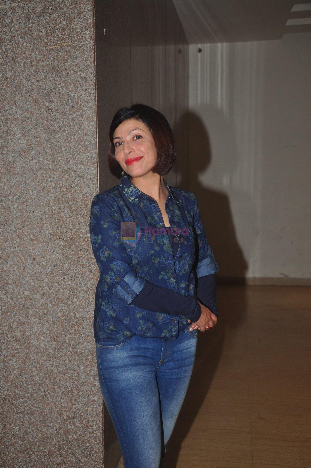 Shilpa Shukla at Crazy Kukkad Family promotions in Mumbai on 26th Dec 2014