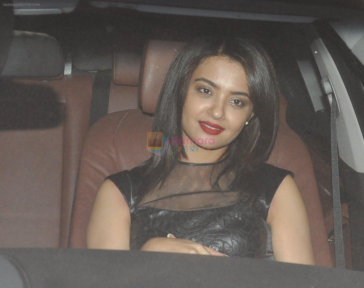 Surveen Chawla at Salman's bday in Panvel farm House on 26th Dec 2014