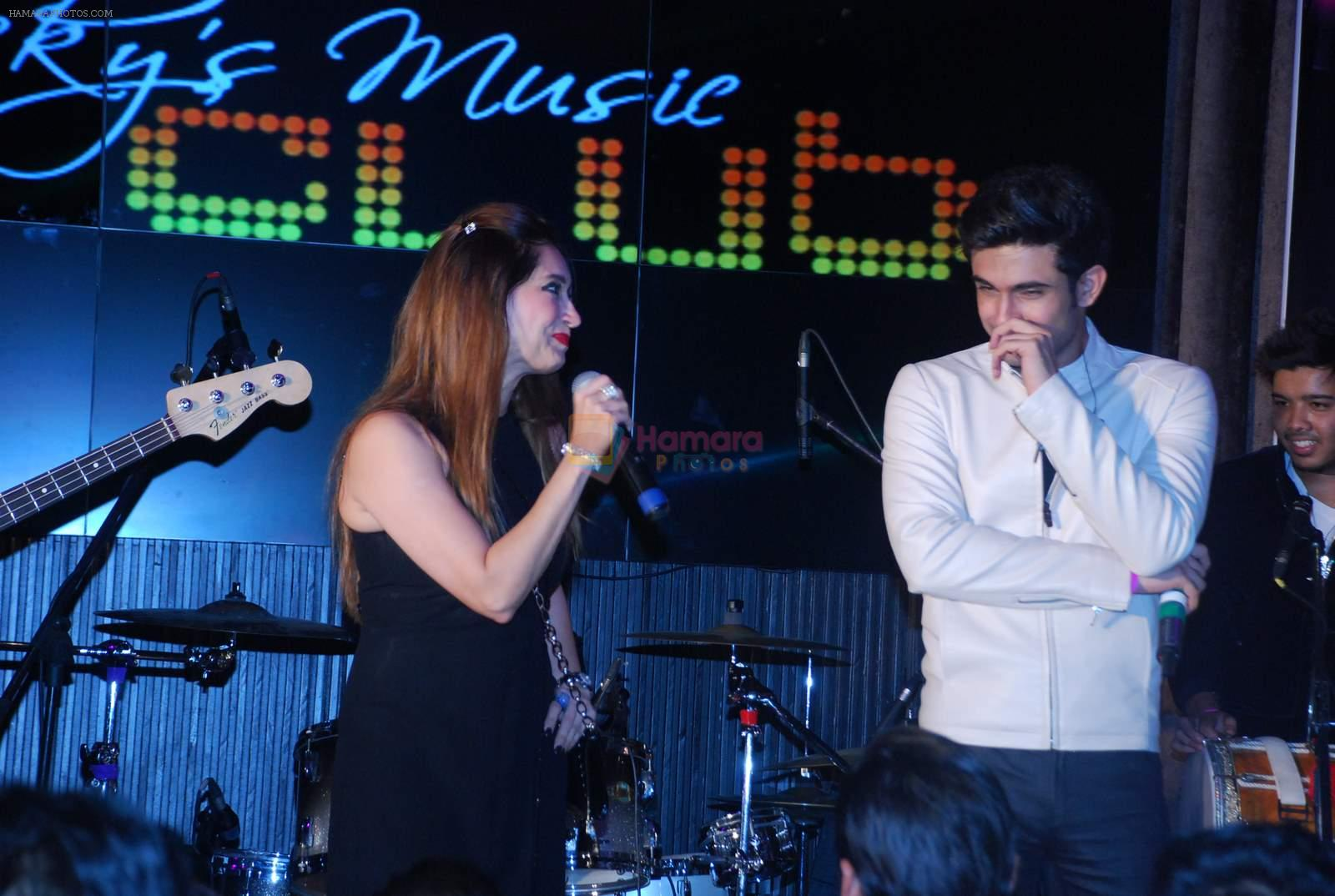 Lucky Morani at Lucky's music club in Hard Rock Cafe, Mumbai on 26th Dec 2014
